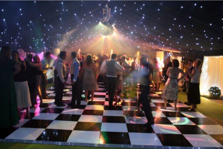 B&W Dance Floor with Starlight Pinspots
