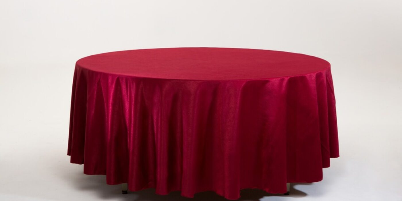 round tables - red