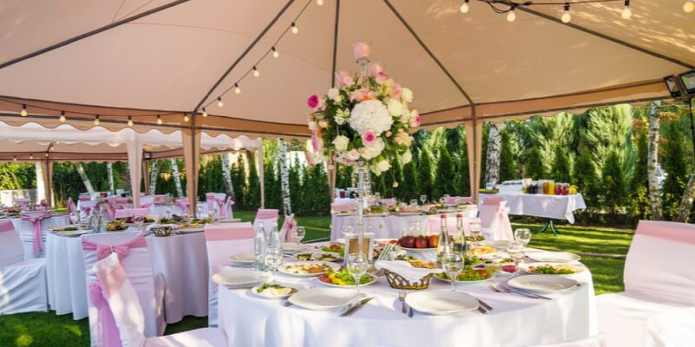 micro-wedding-marquee-outdoors