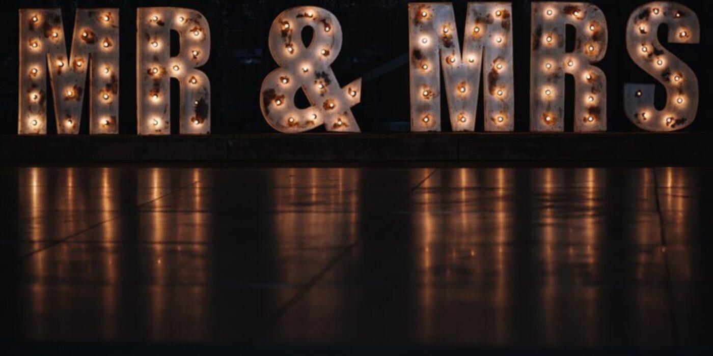 mrs-and-mrs-lighting