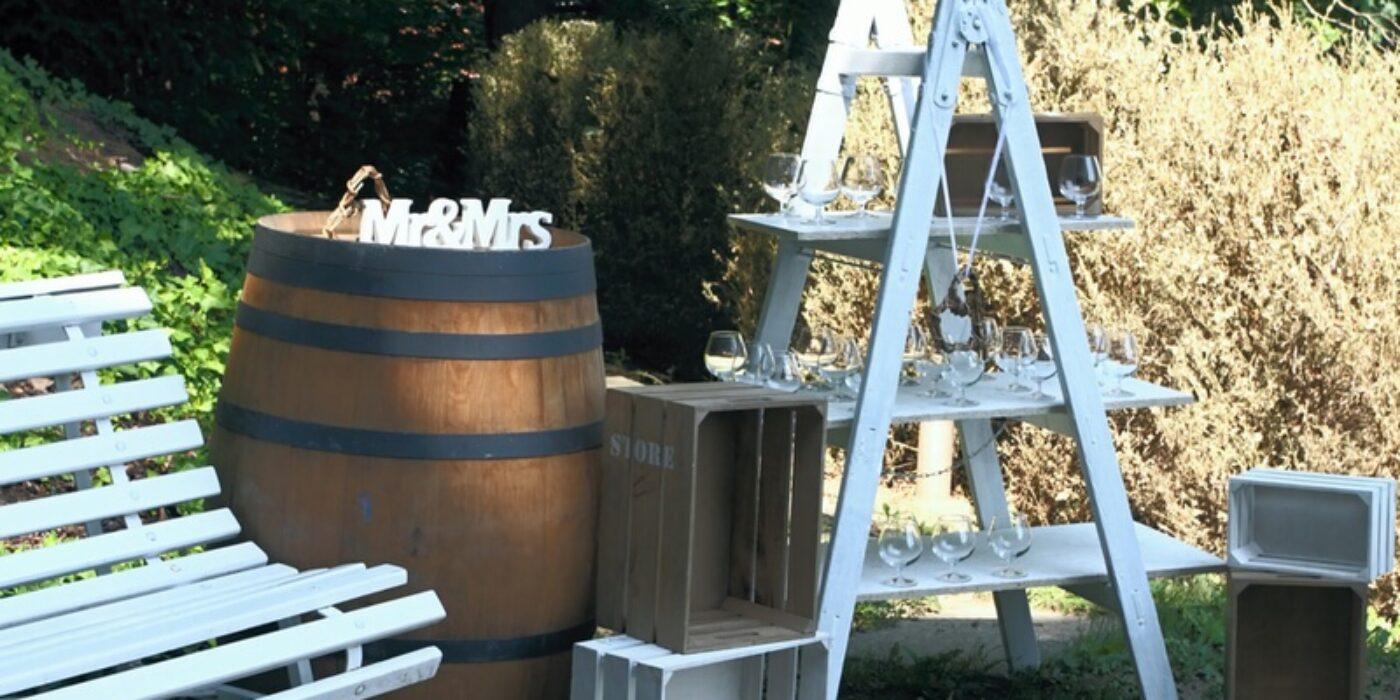 custom-wedding-bar